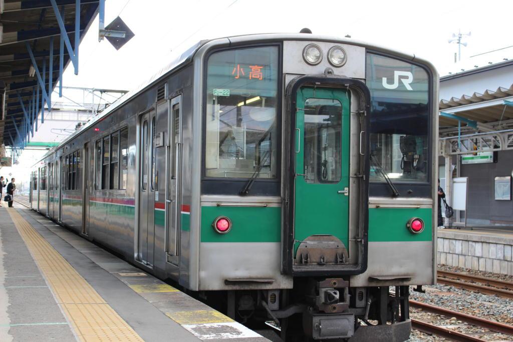原ノ町に停車中の小高行き普通列車