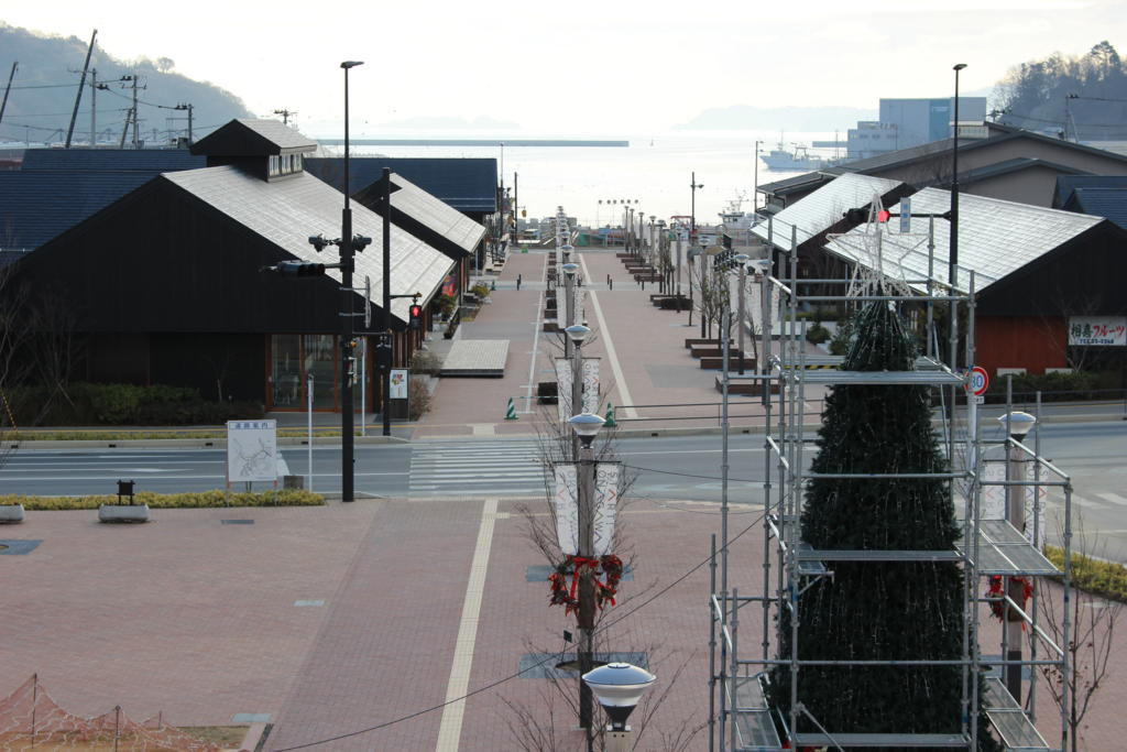 女川駅前のプロムナード
