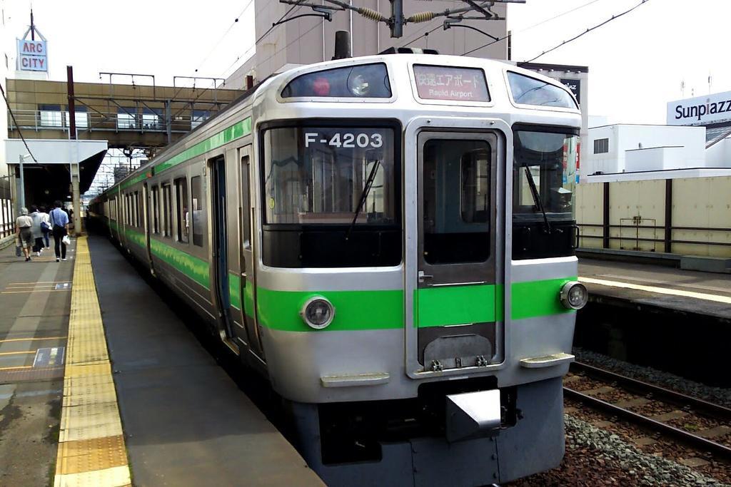 苫小牧~札幌は普通列車でも1時間ちょっと!