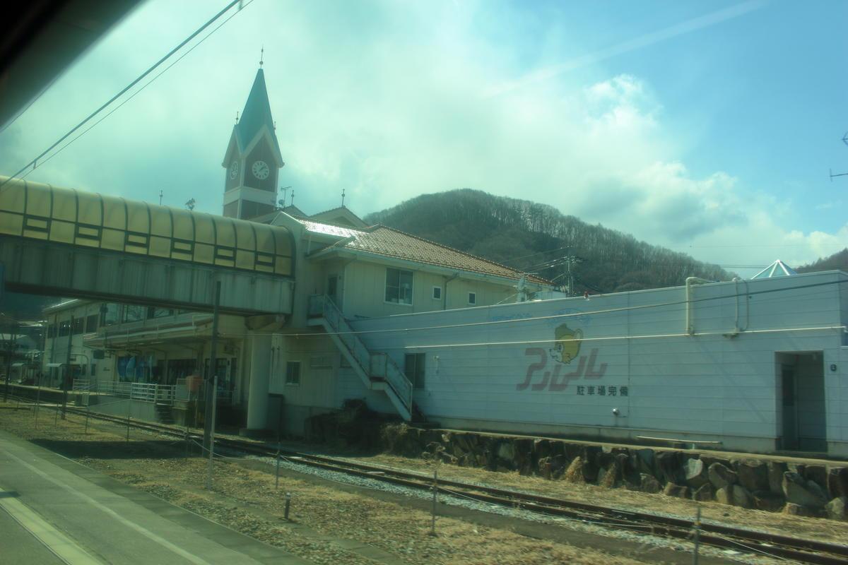 小海線の中心駅の一つ、小海駅
