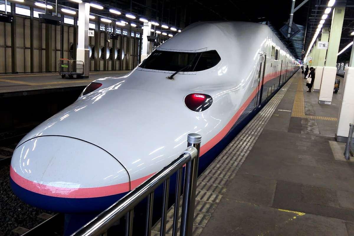 上越新幹線E4系電車