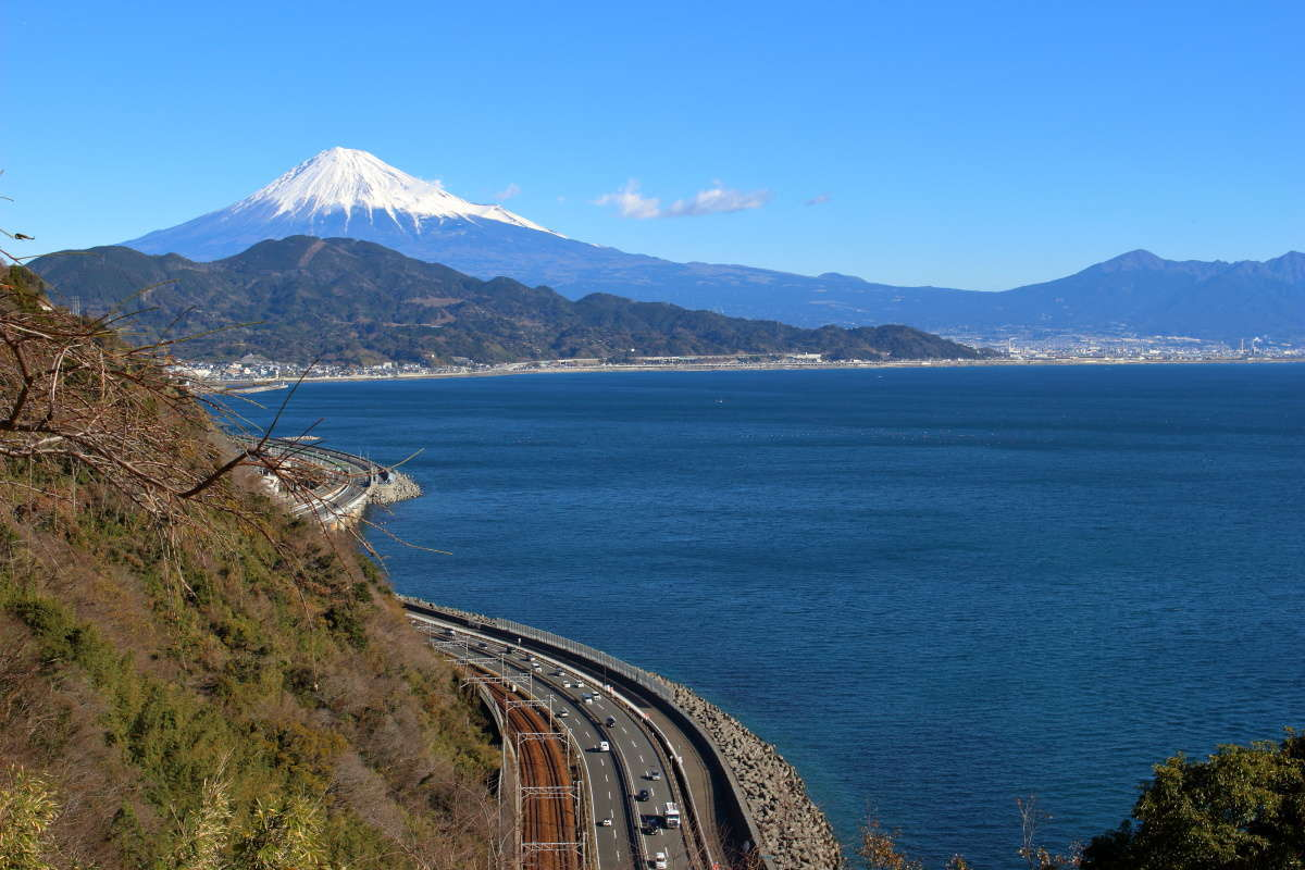 薩埵峠からの富士山の眺め