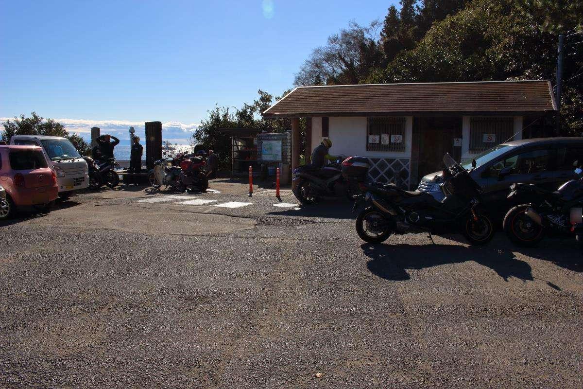 薩埵峠駐車場