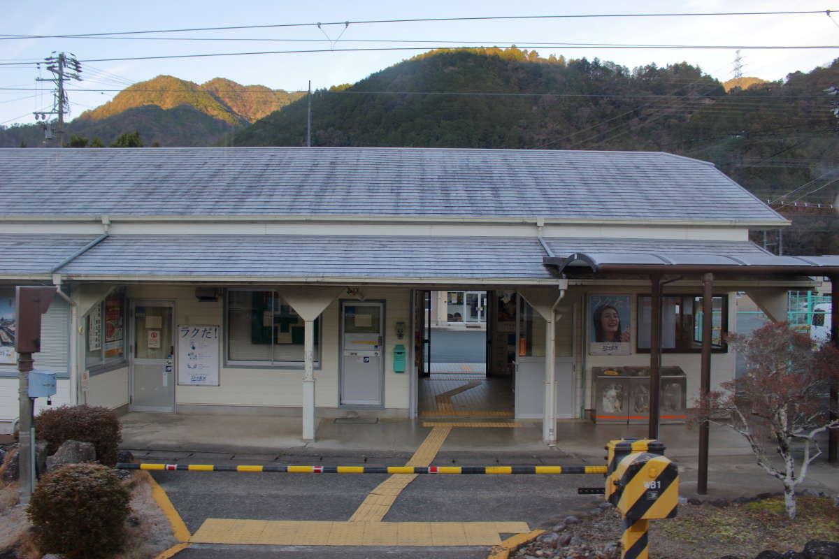 飯田線の主要駅の一つ、中部天竜駅