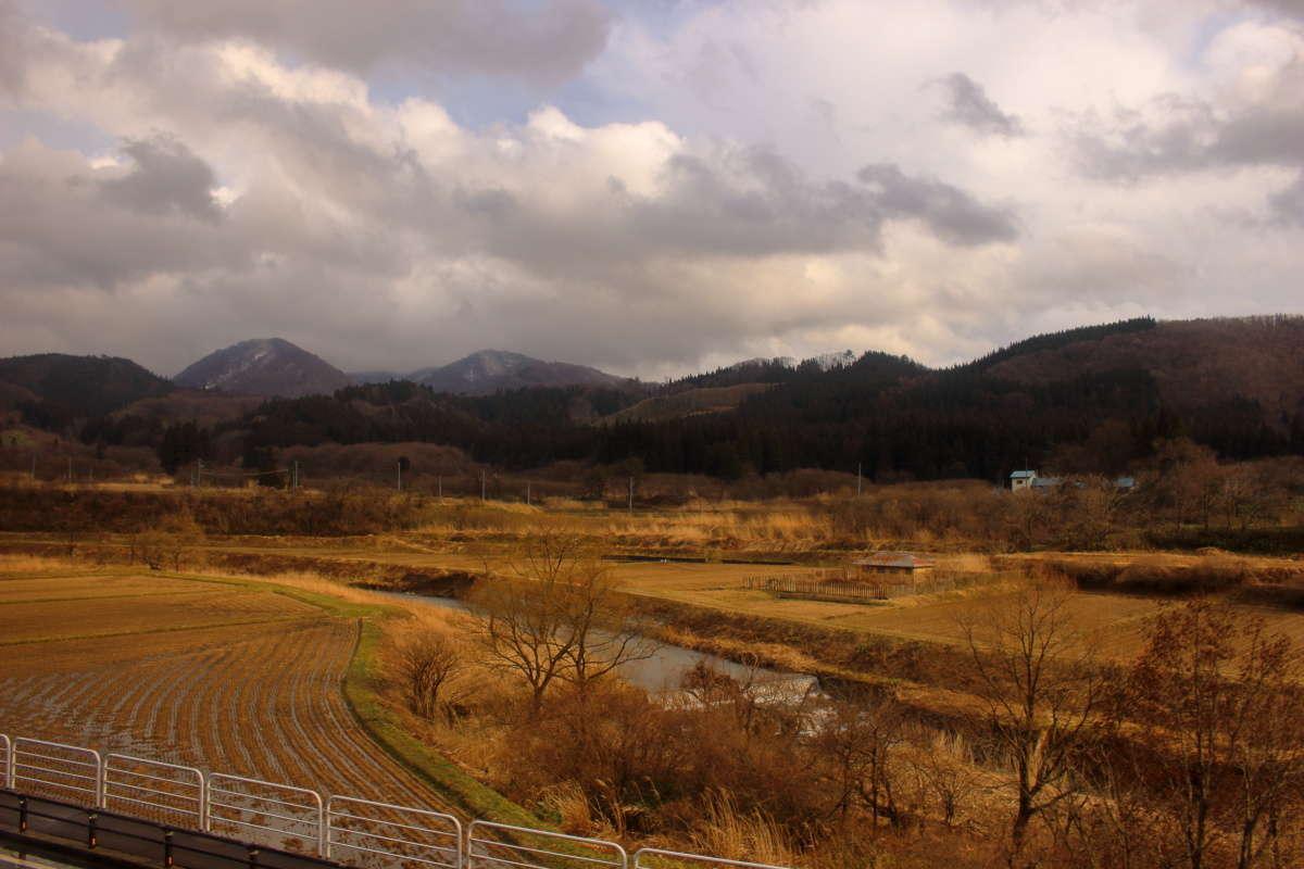 堺田駅より西側では川は西へ流れます