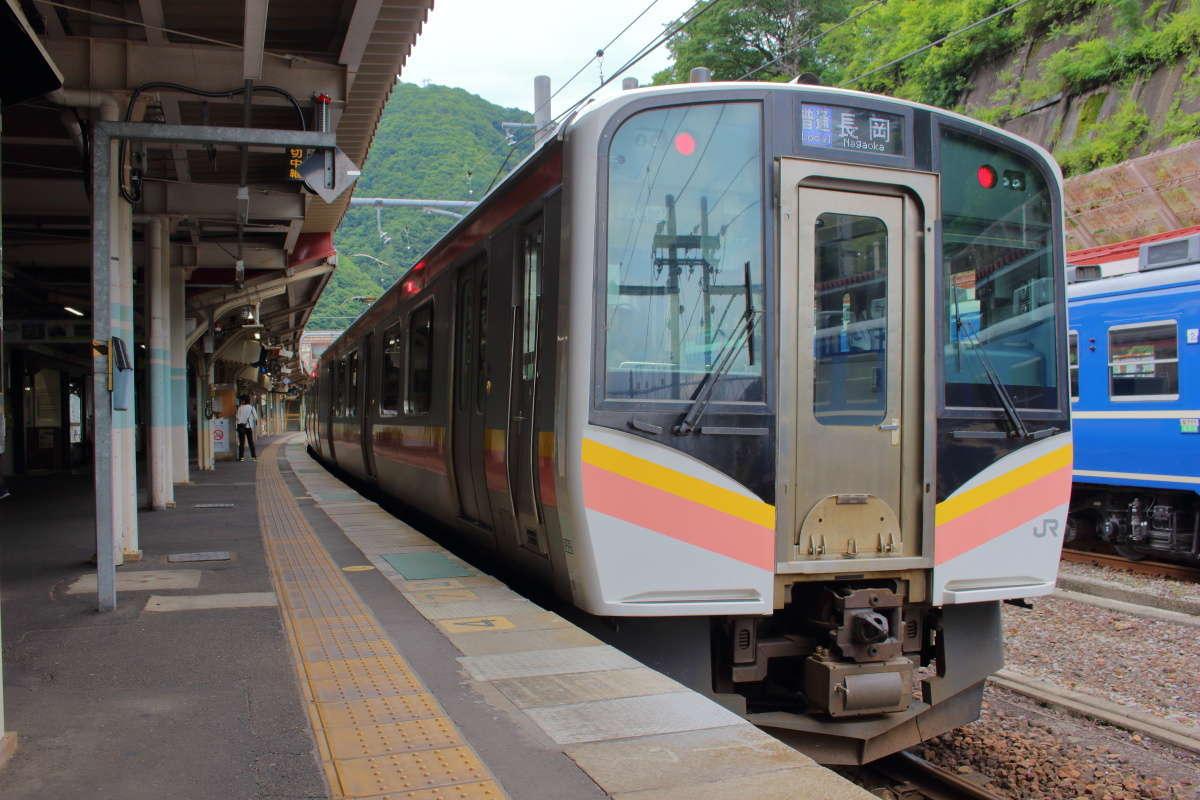 しなの鉄道「SR1系」はJR東日本のE129系がベース