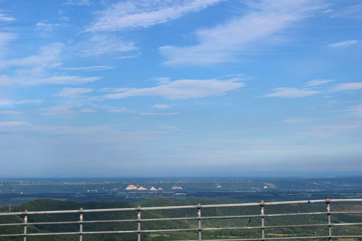 狩勝峠から一瞬見える「日本三大車窓」の絶景!