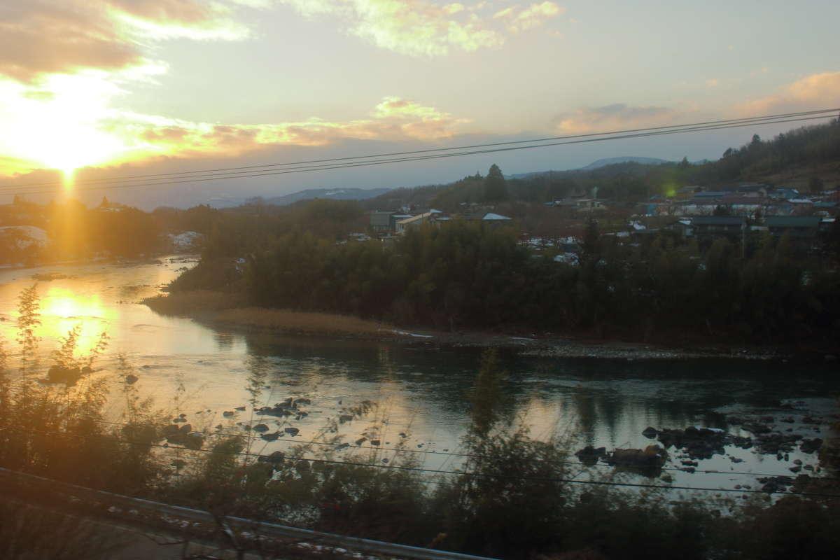阿武隈急行線から眺める阿武隈川の車窓
