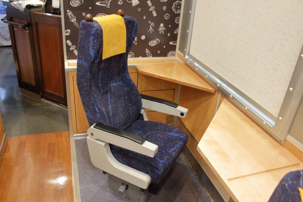 「HIGH RAIL 1375」1号車の「シングルシート」は一人旅におすすめの座席!