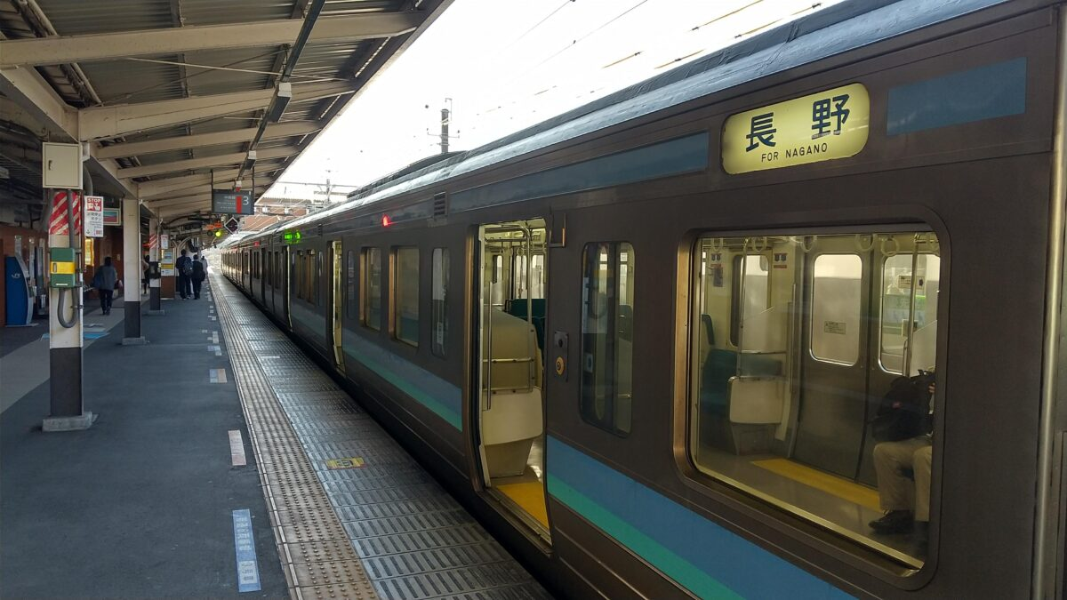 高尾発長野行き441M列車