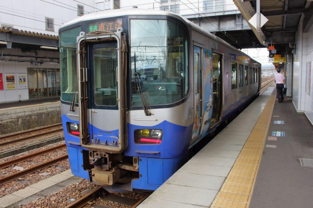 えちごトキめき鉄道の気動車