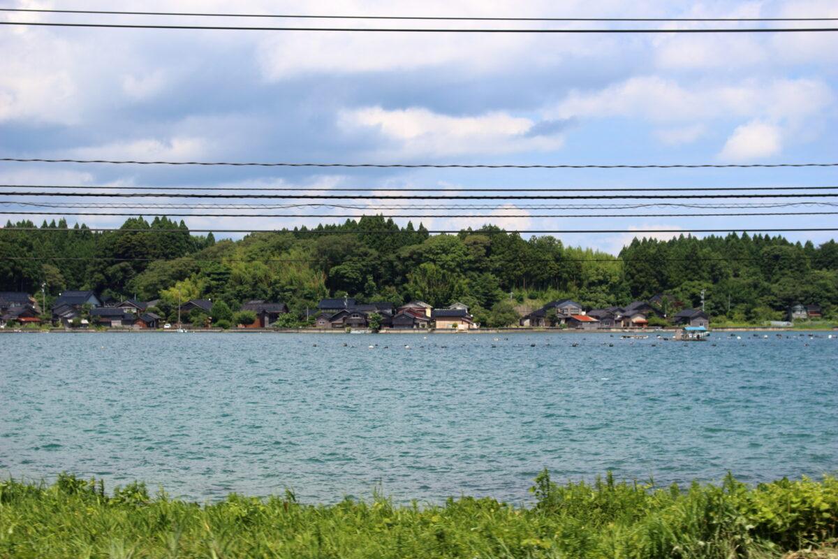 穴水駅近くの入り江